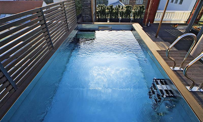pool in the city pool magazin. Black Bedroom Furniture Sets. Home Design Ideas